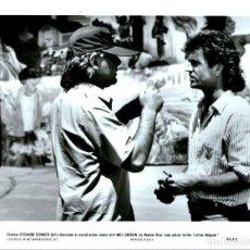 Cinéma: R60- LOTE 3 FOTOGRAFIAS DE LA PELICULA - ARMA LETAL DE 1987. Lote 104809911
