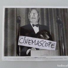 Cine: LAURENCE OLIVIER INTERESANTE FOTO ORIGINAL ANTIGUA AÑOS 70. Lote 112890083