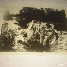Cine: LA HISTORIA DE LOS MINIVER, CATHY O'DONELL Y GREER GARSON , FOTO ORIGINAL 25 X 20 CM.. Lote 116247611