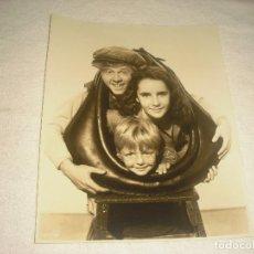 Cine: MICKEY ROONEY, ELIZABETH TAYLOR EN FUEGO DE JUVENTUD, FOTO ORIGINAL 24X 19 CM.. Lote 116253915