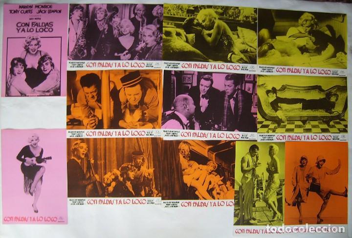 CON FALDAS Y A LO LOCO, CON MARILYN MONROE. JUEGO COMPLETO DE 12 FOTOCROMOS. 1982. (Cine - Fotos, Fotocromos y Postales de Películas)