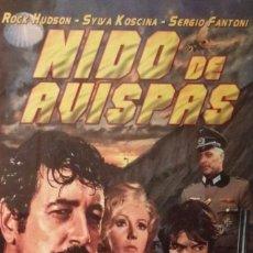 Cine: IMPRESO ORIGINAL -10*15- NIDO DE AVISPAS - SYLVA KOSCINA - ALBUM - CINE BELICO - ROCK HUDSON. Lote 121678703