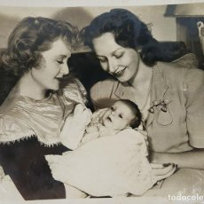 Cine: FOTOGRAFIA DE FAMILIA DE LA ACTRIZ NORTE AMERICANA BILLIE BURKE. CIRCA 1950. . Lote 148185806