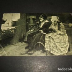 Cine: CHARLOT VIDA DE PERRO CHARLES CHAPLIN POSTAL PELICULA. Lote 128386847