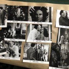 Cine: TAMAÑO NATURAL (LUIS GARCÍA BERLANGA 1974). LOTE DE 12 FOTOGRAFÍAS DE PRENSA EN B/N. 19 X 25 CMS.. Lote 132877914