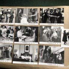 Cine: NACIONAL III (LUIS GARCÍA BERLANGA 1982). LOTE DE 10 FOTOGRAFÍAS PARA PRENSA EN B/N.. Lote 132881034