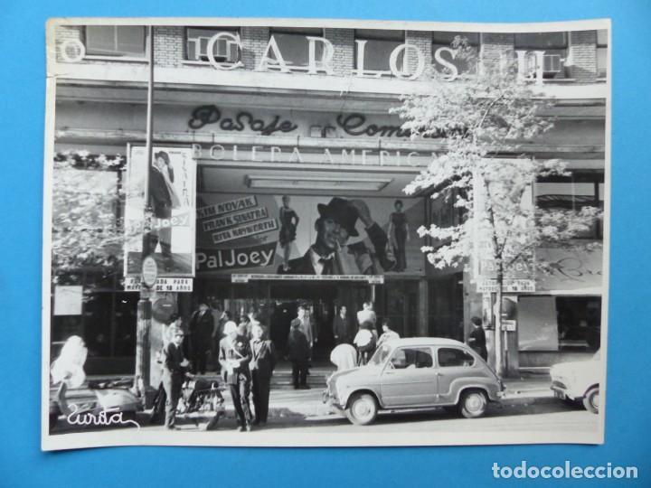 Cine: 4 FOTOS DE CINES ESTRENANDO LA PELICULA PAL JOEY, FRANK SINATRA, RITA HAYWORTH, KIM NOVAK -AÑOS 1960 - Foto 2 - 137395318