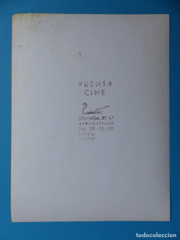 Cine: 4 FOTOS DE CINES ESTRENANDO LA PELICULA PAL JOEY, FRANK SINATRA, RITA HAYWORTH, KIM NOVAK -AÑOS 1960 - Foto 3 - 137395318