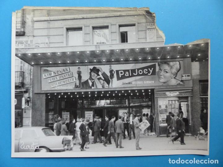 Cine: 4 FOTOS DE CINES ESTRENANDO LA PELICULA PAL JOEY, FRANK SINATRA, RITA HAYWORTH, KIM NOVAK -AÑOS 1960 - Foto 8 - 137395318