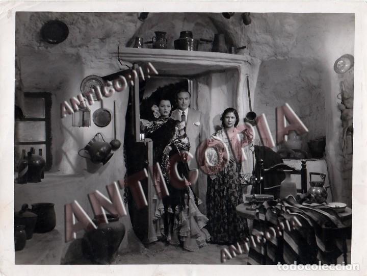 Cine: 10 FOTOGRAFIAS DE DISTINTAS PELICULAS DEL CINE ESPAÑOL AÑOS 50/60/70 (NUM. 7) - Foto 7 - 137467722