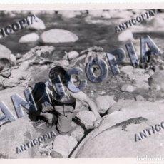 Cine: 10 FOTOGRAFIAS DE DISTINTAS PELICULAS DEL CINE ESPAÑOL AÑOS 50/60/70 (NUM. 6). Lote 137466886
