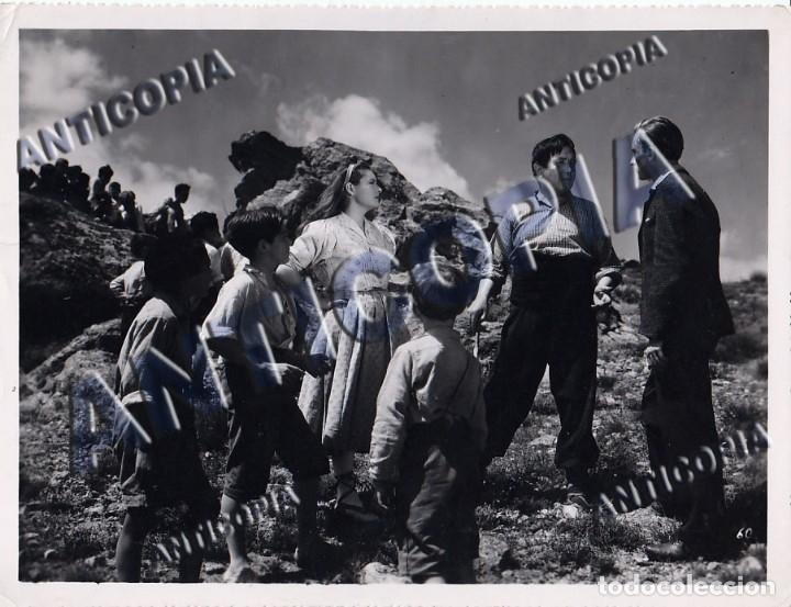 Cine: 10 FOTOGRAFIAS DE DISTINTAS PELICULAS DEL CINE ESPAÑOL AÑOS 50/60/70 (NUM. 3) - Foto 6 - 137465910