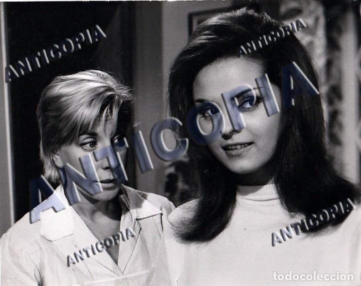 10 FOTOGRAFIAS DE DISTINTAS PELICULAS DEL CINE ESPAÑOL AÑOS 50/60/70 (NUM. 3) (Cine - Fotos y Postales de Actores y Actrices)