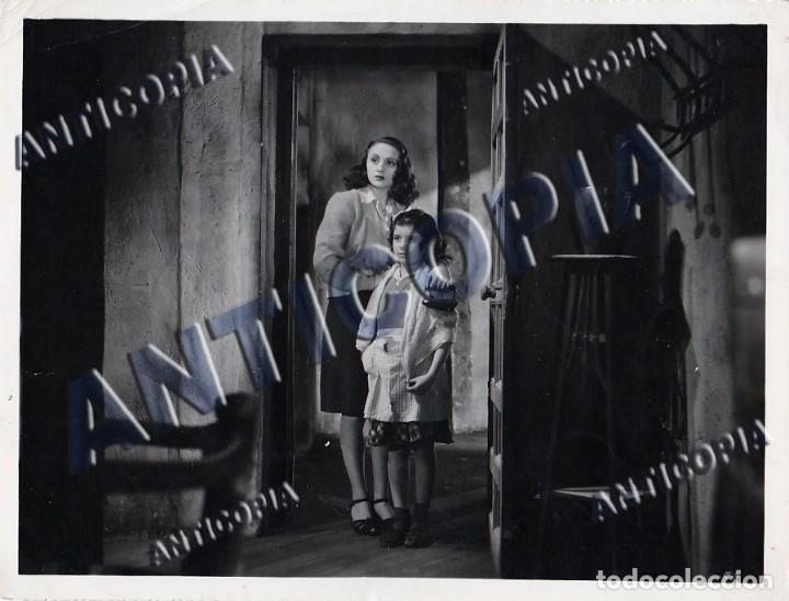 Cine: 10 FOTOGRAFIAS DE DISTINTAS PELICULAS DEL CINE ESPAÑOL AÑOS 50/60/70 (NUM. 2) - Foto 4 - 137458594