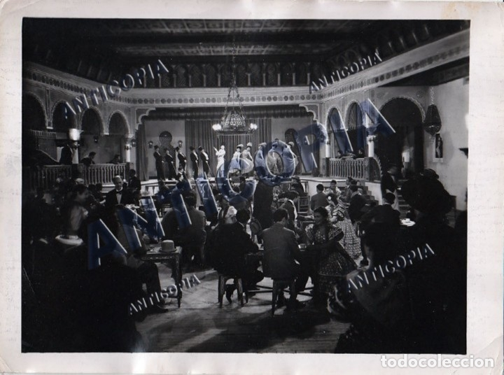 Cine: 10 FOTOGRAFIAS DE DISTINTAS PELICULAS DEL CINE ESPAÑOL AÑOS 50/60/70 (NUM. 1) - Foto 9 - 137458034