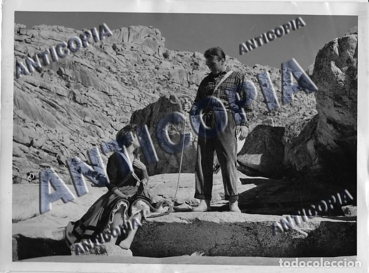 Cine: 15 FOTOGRAFIAS ORIGINALES DEL RODAJE DE LA PELICULA NOSOTROS DOS CON ROSSANA PODESTA - Foto 4 - 136638958