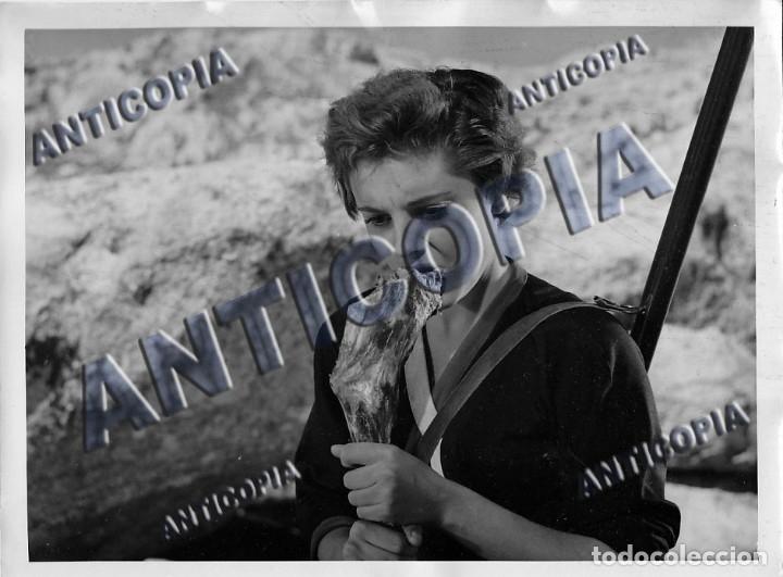 Cine: 15 FOTOGRAFIAS ORIGINALES DEL RODAJE DE LA PELICULA NOSOTROS DOS CON ROSSANA PODESTA - Foto 6 - 136638958