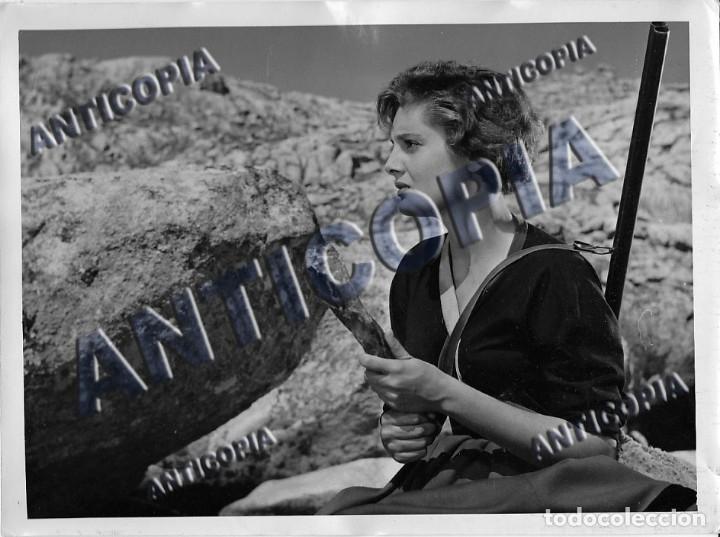 Cine: 15 FOTOGRAFIAS ORIGINALES DEL RODAJE DE LA PELICULA NOSOTROS DOS CON ROSSANA PODESTA - Foto 7 - 136638958