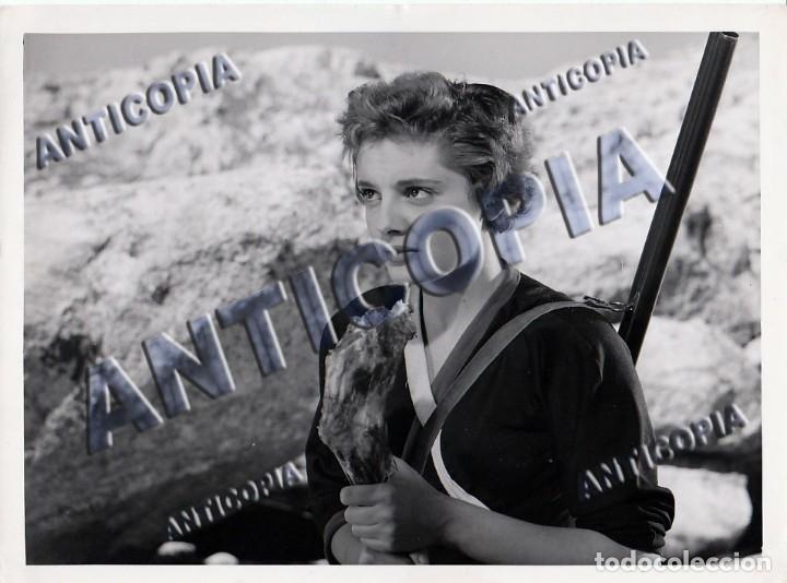 Cine: 15 FOTOGRAFIAS ORIGINALES DEL RODAJE DE LA PELICULA NOSOTROS DOS CON ROSSANA PODESTA - Foto 11 - 136638958