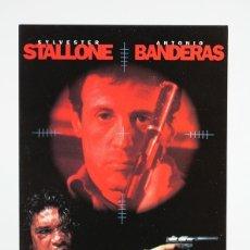 Cine: POSTAL DE CINE - ASESINOS / SYLVESTER STALLONE, ANTONIO BANDERAS - WARNER BROS. Lote 142166150