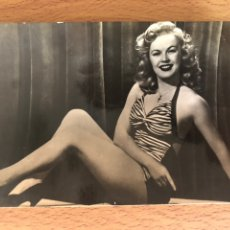 Cine: ANTIGUA POSTAL DE JUNE HAVER. Lote 143163576
