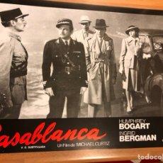 Cine: CARTEL FOTOCROMO CASABLANCA HUMPHREY BOGART INGRID BERGMAN 33X24 CM. Lote 145865345