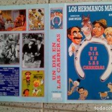 Cine: CARATULA DE VHS DE LA PELICULA UN DIA EN LAS CARRERAS DE LOS H, MARX. Lote 146283702