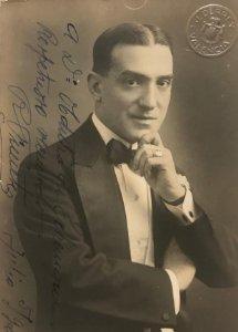 1920 Antigua foto R. Fuentes manuscrita y firmada 8,5x13,7 cm