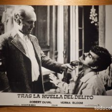 Cine: FOTOGRAFÍA PELÍCULA - TRAS LA HUELLA DEL DELITO - ROBERT DUVAL, BERNA BLOOM - 20,5 X 25,5 CM. . Lote 153295902