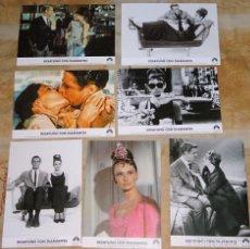 Cine: 7 FOTO POSTALES CINE CLÁSICO AÑO 2004 PELÍCULA DESAYUNO CON DIAMANTES. GEORGE PEPPARD AUDREY HEPBURN. Lote 155901130