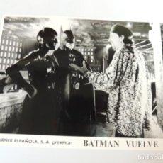 Cine: BATMAN VUELVE - FOTO B/N ORIGINAL - FILMMAKER DIRECTOR TIM BURTON MICHELLE PFEIFFER MICHAEL KEATON. Lote 160936446