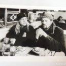 Cine: JAY AND SILENT BOB STRIKE BACK - FOTO B/N ORIGINAL KEVIN SMITH FILMMAKER DIRECTOR JASON MEWES. Lote 160944894