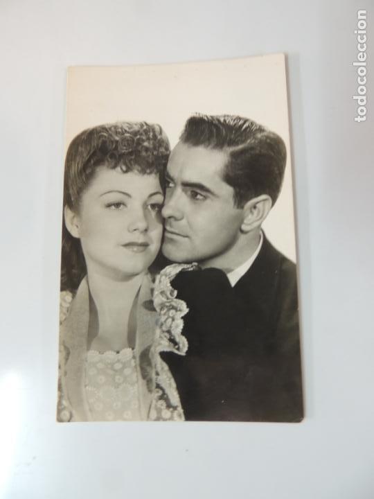 Anne Baxter dating