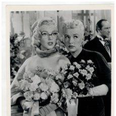 Cine: FOTOGRAFIA DE MARILYN MONROE - PELICULA HOW TO MARRY A MILLIONAIRE - COMO CASARSE CON UN MILLONARIO. Lote 171129613