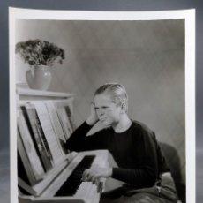 Cine: FOTO ORIGINAL PRENSA JACKIE COOPER AL PIANO AÑOS 30 26 CM X 20 CM. Lote 171440009