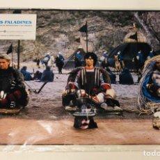 Cine: LOS PALADINES, HISTORIA DE ARMADURAS Y DE AMORES (1983). LOTE 12 FOTOCROMOS (SET COMPLETO).. Lote 175340624