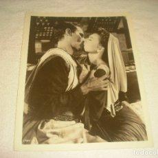 Cine: BEN HUR, CHARLTON HESTON Y HAYA HARAREET. ANTIGUA FOTO. 26X 21 CM.. Lote 177118368