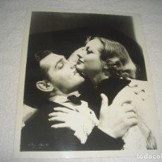 Cine: CLARK GABLE Y JOAN CRAWFORD , ANTIGUA FOTO DE 26 X 21 CM.. Lote 177121943