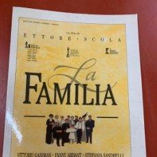 Cine: LA FAMILIA - POSTAL PROMOCIONAL DE LA PELICULA. MIDE 14,5X11CMS, LAUREN FILMS. IMPECABLE. Lote 177660304