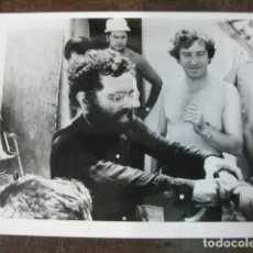 Cine: FERNANDO ARRABAL - FOTO ORIGINAL B/N - FILMMAKER VIVA LA MUERTE - 12X18CM. Lote 183085456