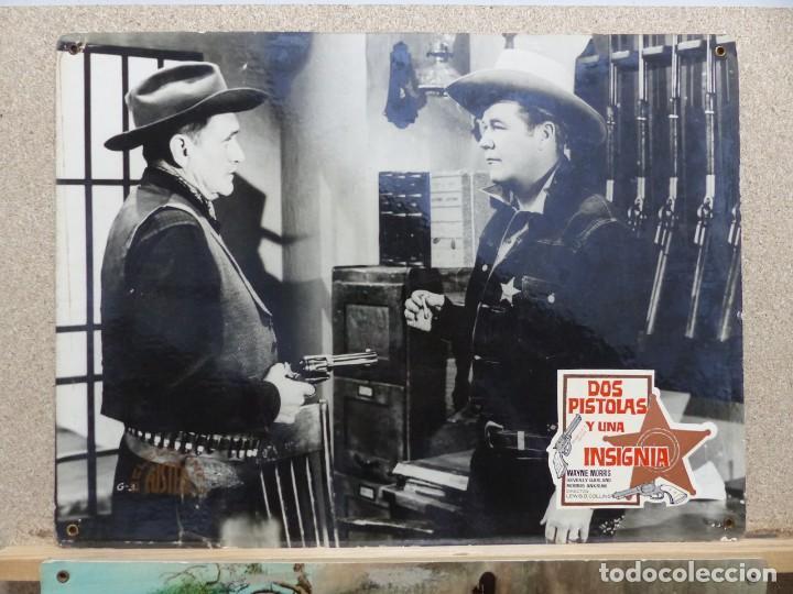 Cine: DOS PISTOLAS Y UNA INSIGNIA - WAYNE MORRIS, BEVERLY GARLAND - SET 6 FOTOCROMOS DE CARTON - Foto 2 - 184549462