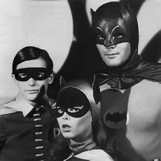 Cine: ADAM WEST YVONNE CRAIG BURT WARD SERIE TV BATMAN 1966 - 1968. Lote 189743113