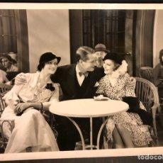 Cinema: FOTO ORIGINAL DE MAURICE CHEVALIER,ROSITA DIAZ Y CARMEN NAVASCUES.ESTUDIOS PARAMOUNT JOINVILLE PARIS. Lote 189751558