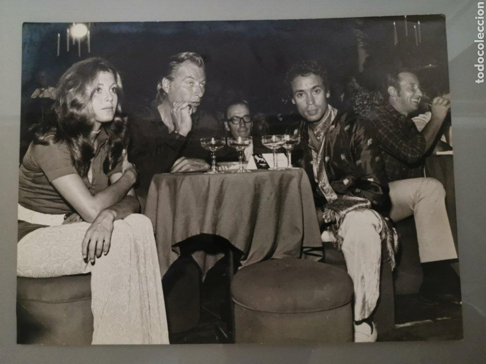 ANTIGUA FOTO INEDITA TITA CERVERA LEX BARKER 24X18CM AÑOS 60 (Cine - Fotos y Postales de Actores y Actrices)