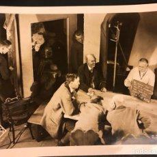 Cine: FOTO ORIGINAL RODAJE UFA EL VAGABUNDO INMORTAL.LIANE HAID GUSTAV FROHLICH.JOE MAY 18 X 13 CM. Lote 191287732