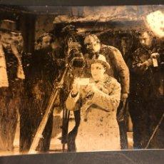 Cine: FOTO ORIGINAL UFA EL FAVORITO DE LA GUARDIA.LILIAN HARVEY.HANNS SCHWARZ.MAX PFEIFFER.BILLY WILDER. Lote 191309258