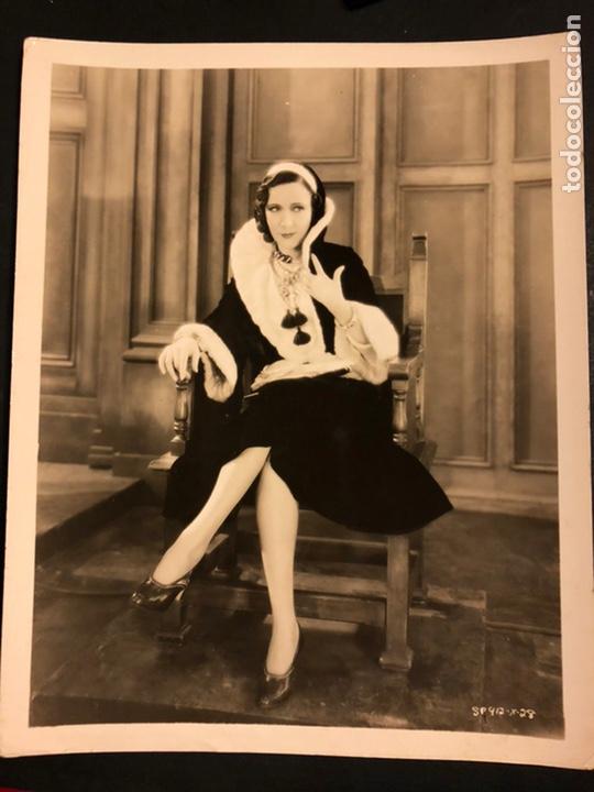 FOTO ORIGINAL MGM DE LA ACTRIZ VEDETTE CELIA MONTALVAN.EL PROCESO DE MARY DUGAN 25 X 20 CM (Cine - Fotos y Postales de Actores y Actrices)