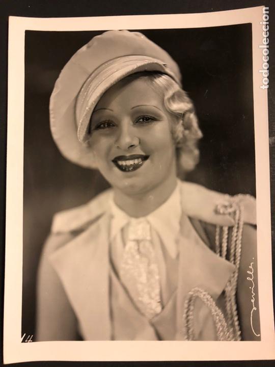 FOTO ORIGINAL DE CARMELITA AUBERT.ABAJO LOS HOMBRES 24 X 18 CM (Cine - Fotos y Postales de Actores y Actrices)