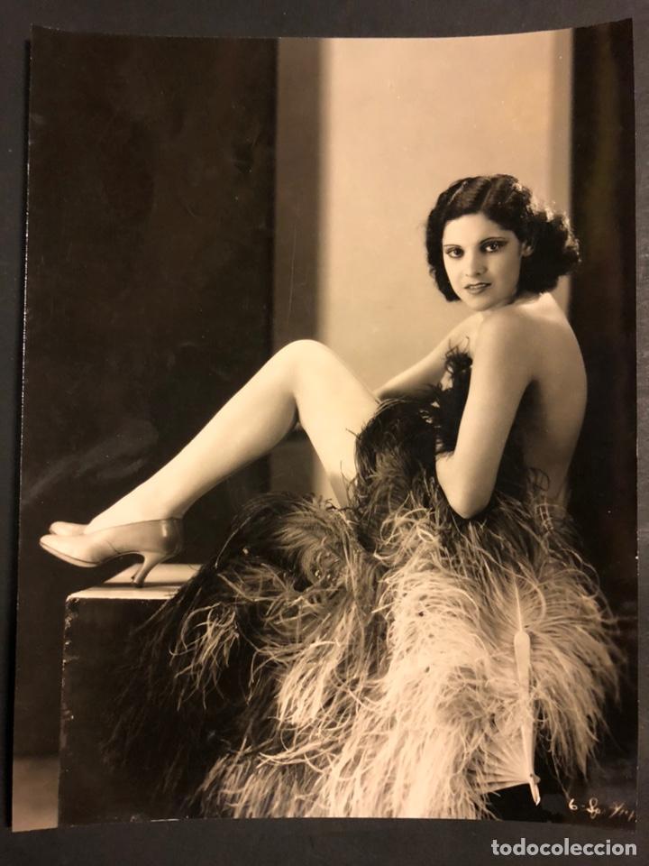 FOTO ORIGINAL DE CARMEN GUERRERO 23 X 18 CM (Cine - Fotos y Postales de Actores y Actrices)