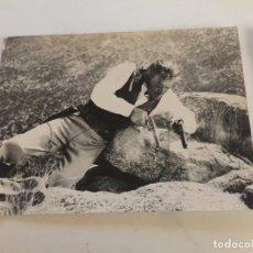 Cine: CLINT EASTWOOD FOTOGRAFIA OFICIAL DE PELICULA. Lote 192348900